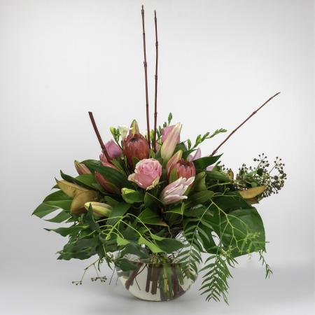 natural flowers fish bowl